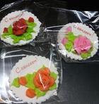 Сахарное украшение Открытка С ЮБИЛЕЕМ, роза в ас-те