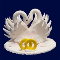 Сахарн. украшение Лебедь свадебный с  кольцами,
